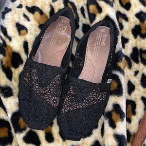 Toms Black Lace shoes size W8